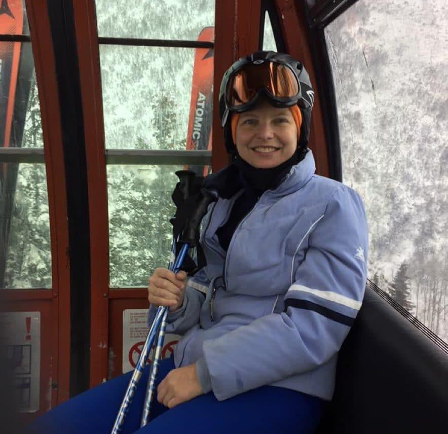 Nikki-skiing-utah