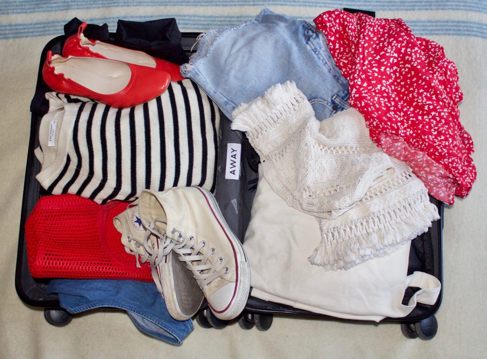 capsule-suitcase-away-review.jpg