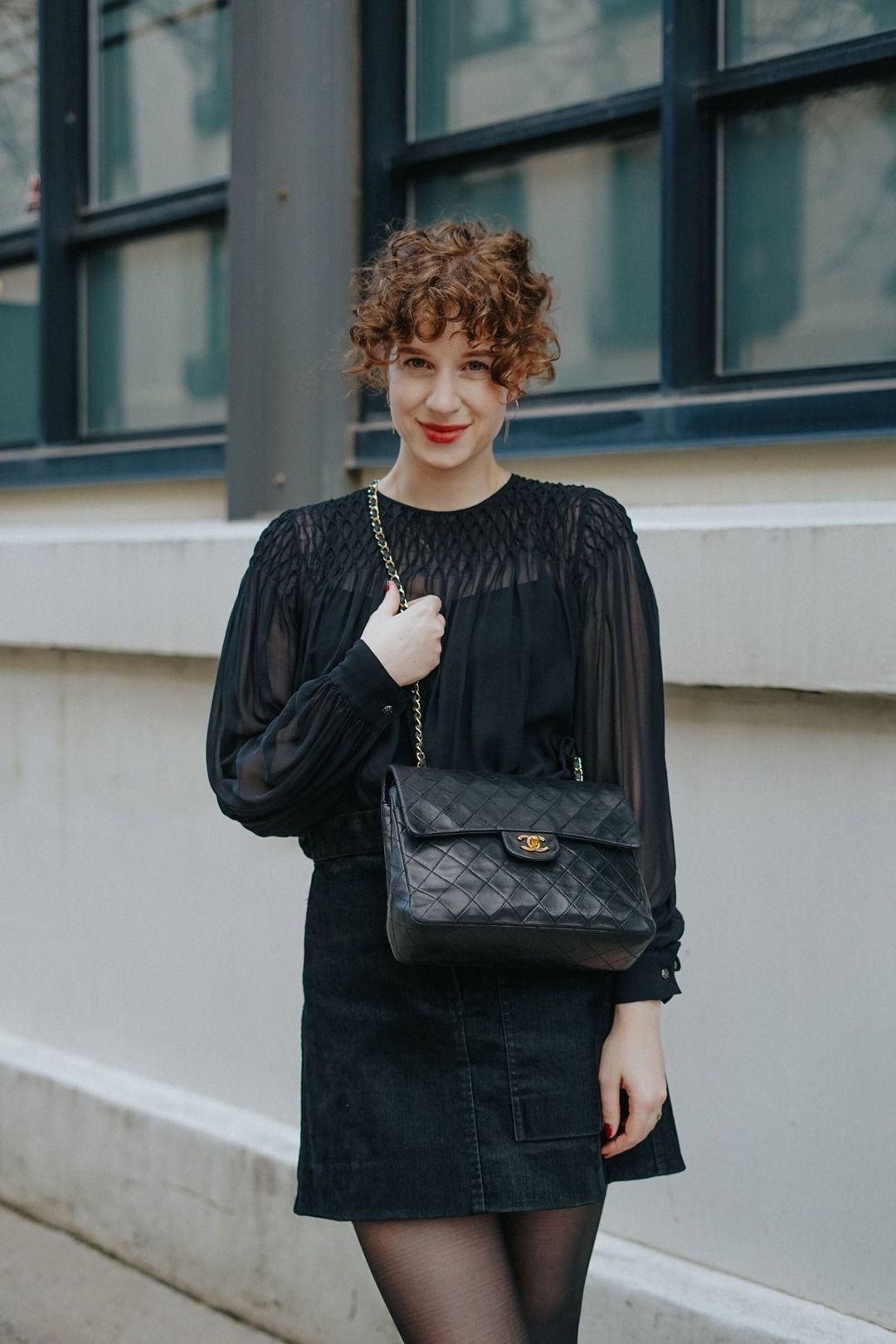 Buying vintage luxury handbags